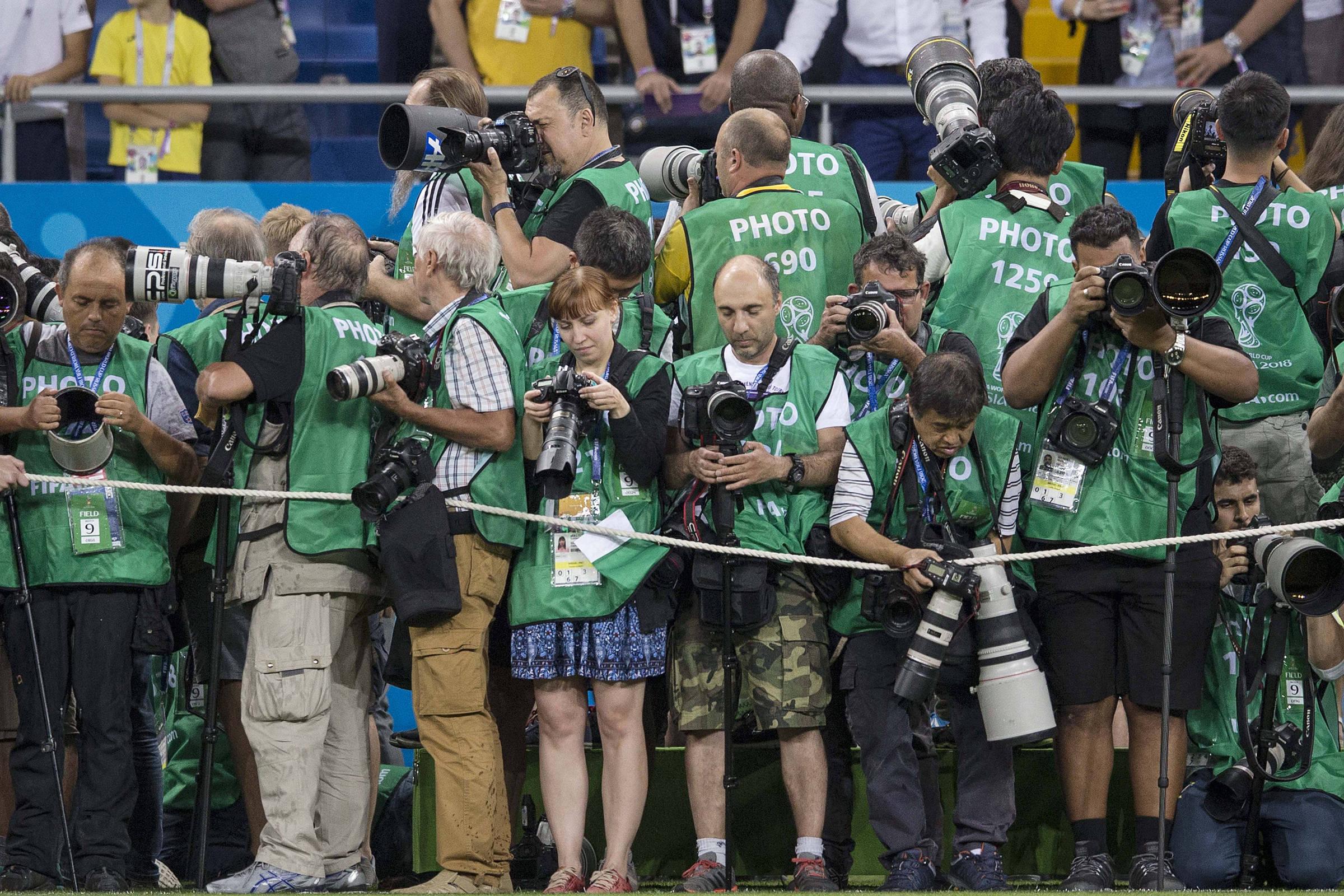 Imprensa credenciada para a Copa da Rússia tem somente 14% de mulheres -  09 07 2018 - Esporte - Folha 77f804ef08da5