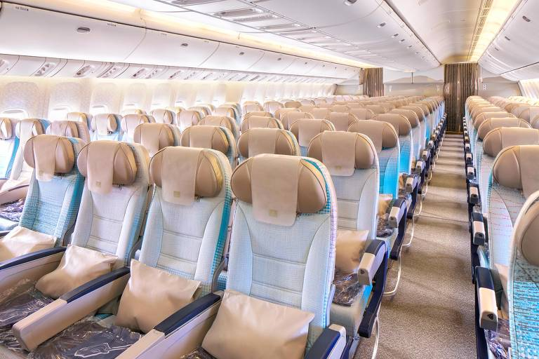 O Boeing 777-200 LR da Emirates