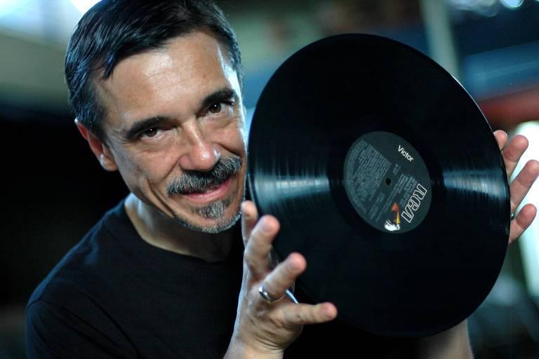 O músico Charles Gavin
