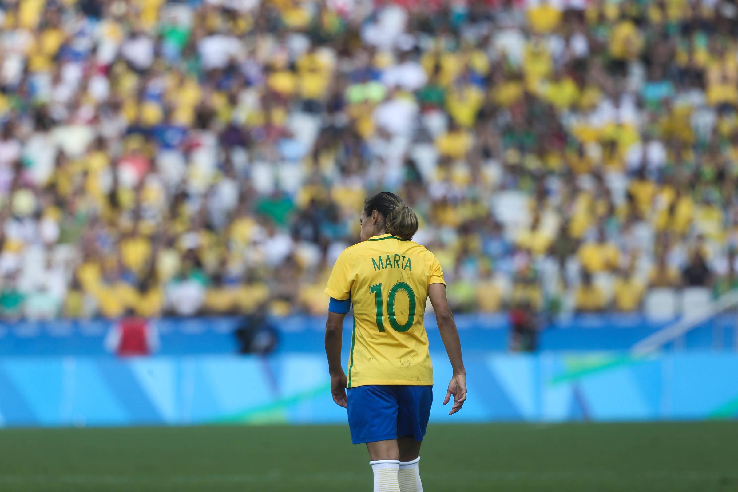 Futebol feminino é alternativa para ressaca da Copa - 10 07 2018 - Edgard  Alves - Folha 84605ff4de796