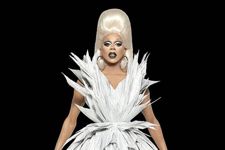 A drag queen RuPaul