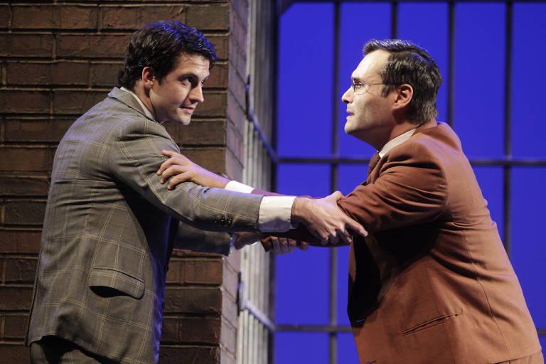André Loddi e Leandro Luna durante ensaio do musical 'Pacto' no Teatro Porto Seguro