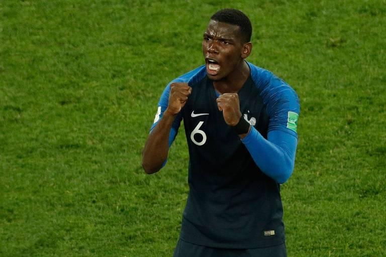 Pogba comemora após a vitória da França sobre a Bélgica pela semifinal