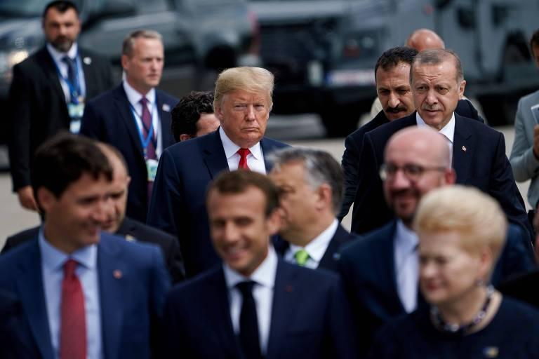 O presidente americano Donald Trump e outros líderes durante a cúpula da Otan