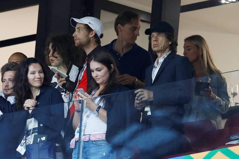 Mick Jagger nas arquibancadas para assistir ao jogo entre Croácia e Inglaterra no Estádio Lujniki, em Moscou