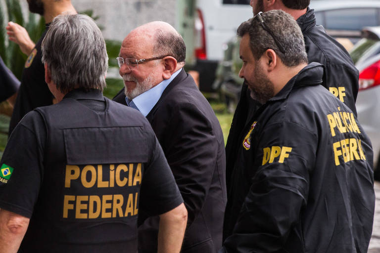 Léo Pinheiro, da OAS, durante operação da PF, em 2016