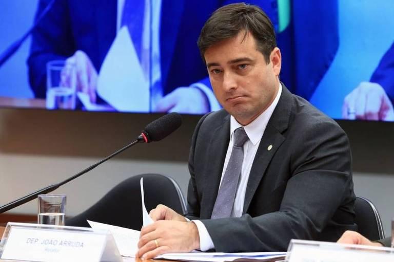 O deputado federal João Arruda (MDB - PR) em reunião ordinária na Câmara em 23/05/2018