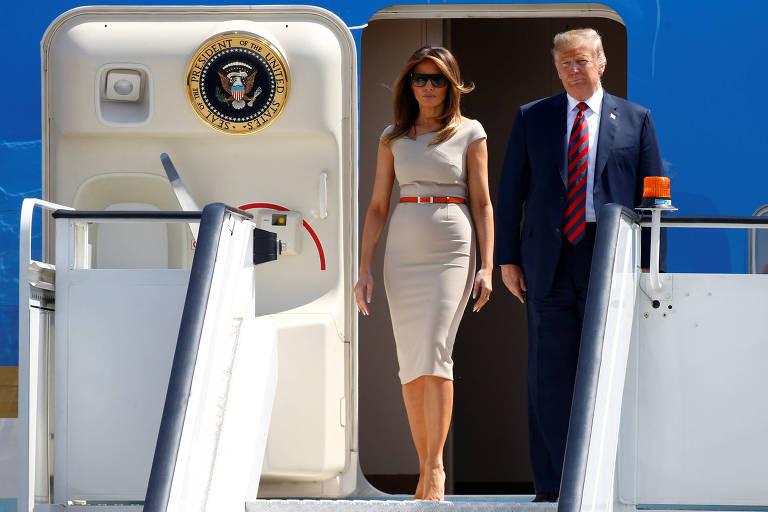 O presidente americano Donald Trump e a primeira-dama Melania chegam ao Reino Unido