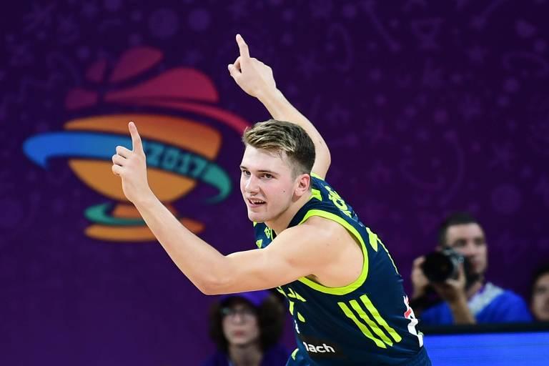 Luka Doncic durante o Eurobasket 2017, torneio vencido pela Eslovênia