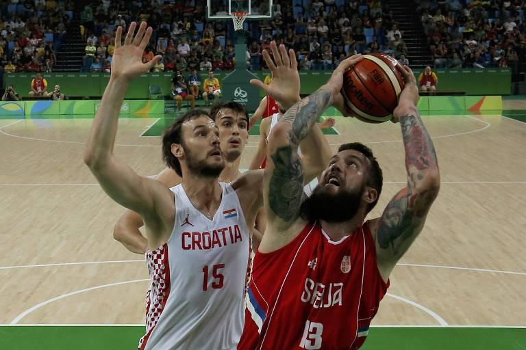 Sérvia e Croácia duelam pelas quartas de final do basquete masculino no Rio-2016