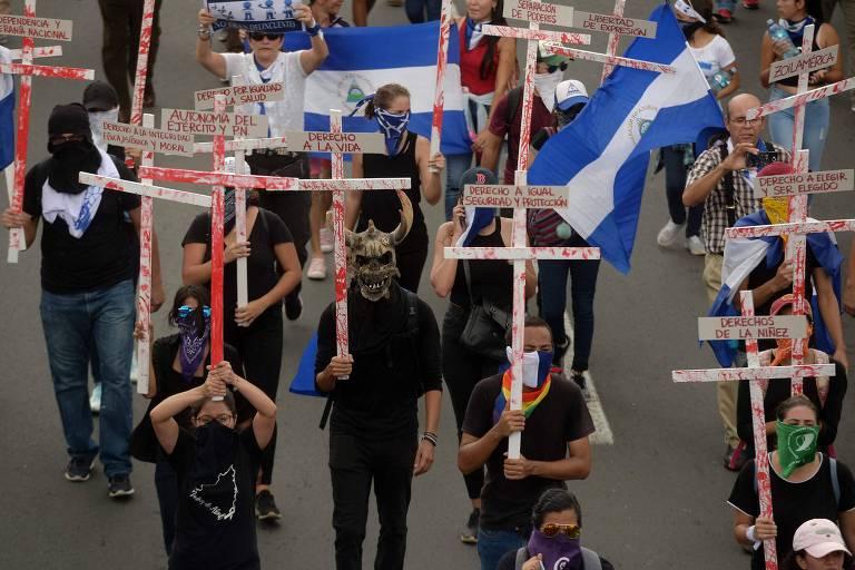 Oposição na Nicarágua participa de protesto contra o governo de Daniel Ortega