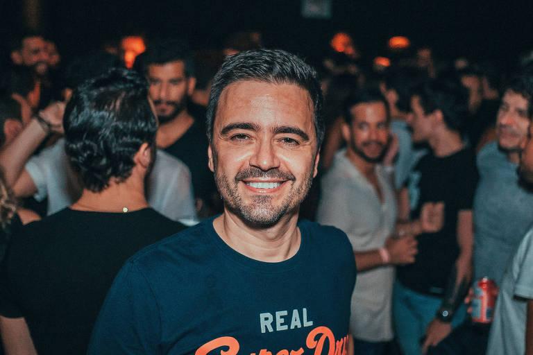 O autor de novelas Daniel Ortiz