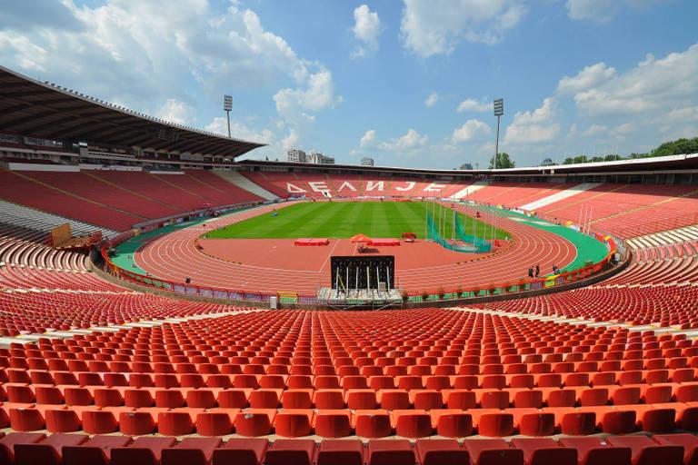 O estádio do Estrela Vermelha, apelidado de Marakana em homenagem ao carioca Maracanã