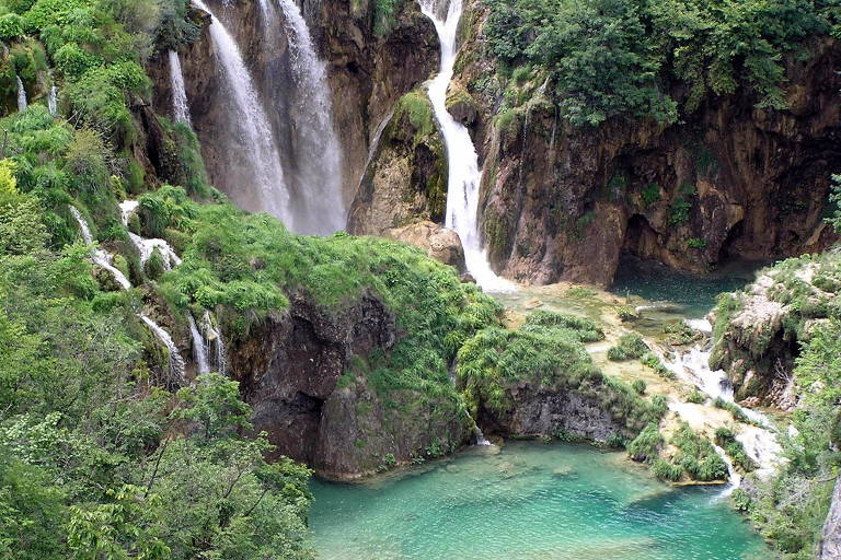 Parque Nacional dos Lagos de Plitvice, Condados de Lika-Senj e Karlovac