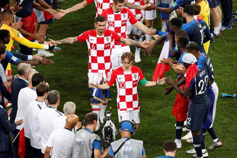 Jogadores franceses comemoram a conquista da Copa