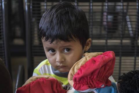 Adan Galicia Lopez, 3, ficou separado de sua mãe por quatro meses, em Phoenix (EUA) ORG XMIT: XNYT3
