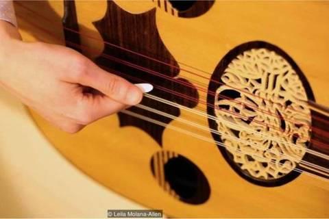 Ao longo do tempo, uma grande variedade de instrumentos musicais foi produzida na região em que hoje é a Síria