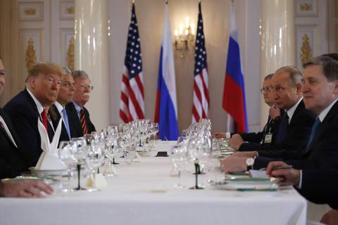 Trump e Putin negam conluio em eleições nos EUA