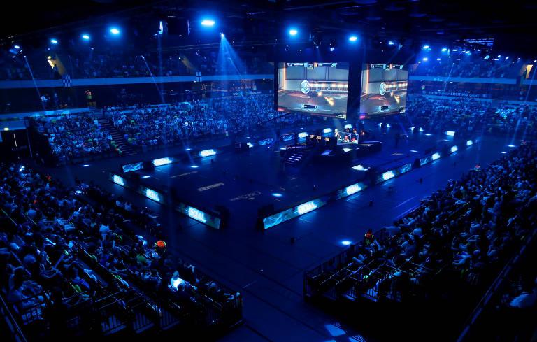 Campeonatos de videogame, chamados de eSports, atraem público em todo o mundo