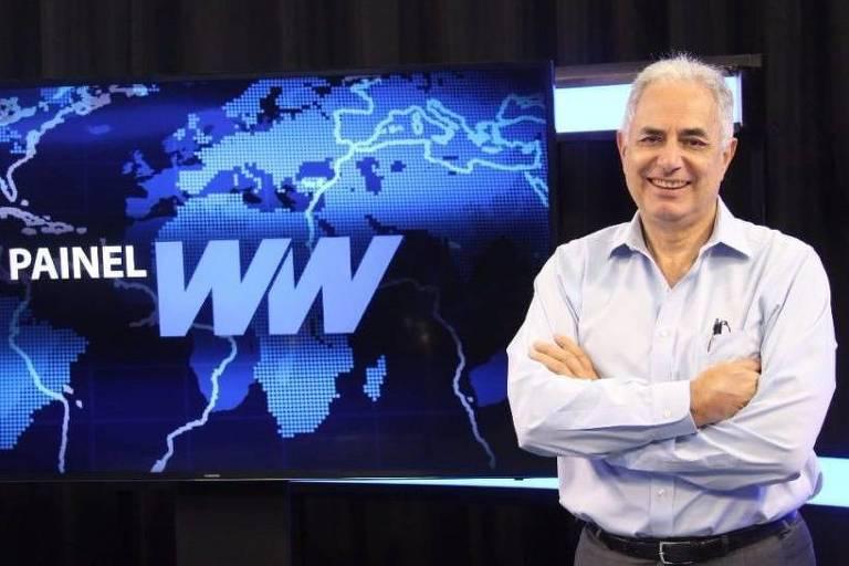 William Waack à frente de seu programa Painel WW