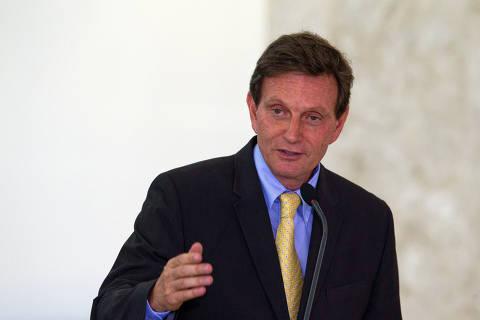 Juiz bloqueia de bens de Crivella e investigados no valor de até R$ 3,1 milhões