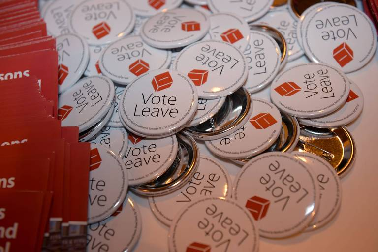 Material da campanha a favor da saída do Reino Unido da União Europeia