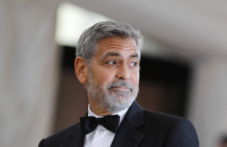 O ator George Clooney na festa do MAM