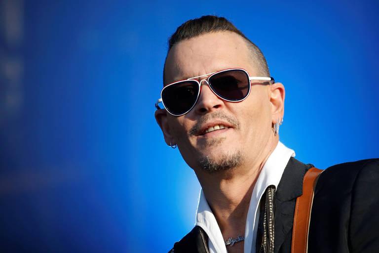 Johnny Depp vai receber US$ 25 mi contra ex-empresários por má gestão financeira