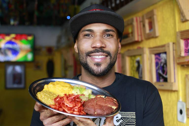 Edvaldo Sacramento, dono do Digaê Bar e Bahia