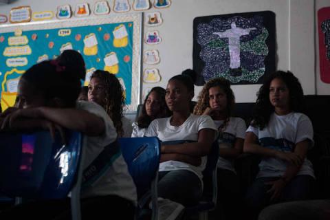 Alunos brasileiros não chegam ao fim de prova em avaliação mundial