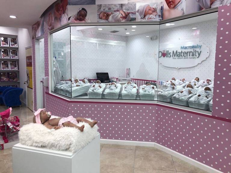 Maternity Dolls