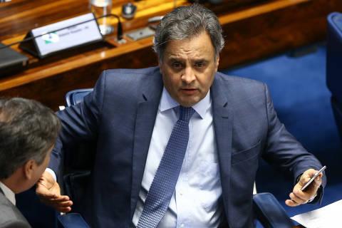 Executiva do PSDB rejeita pedidos de expulsão de Aécio e impõe derrota a Doria