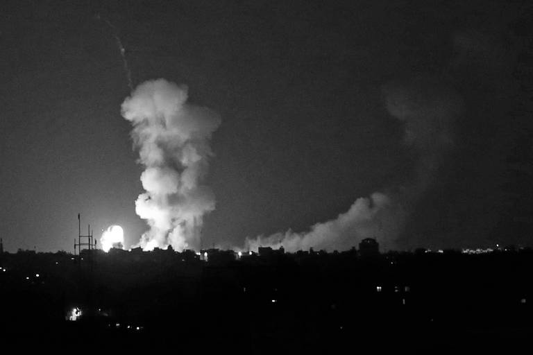 Após confronto na fronteira, forças israelenses bombardearam Gaza