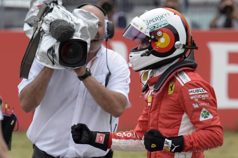 Vettel comemora pole position após o treino classificatório do GP da Alemanha