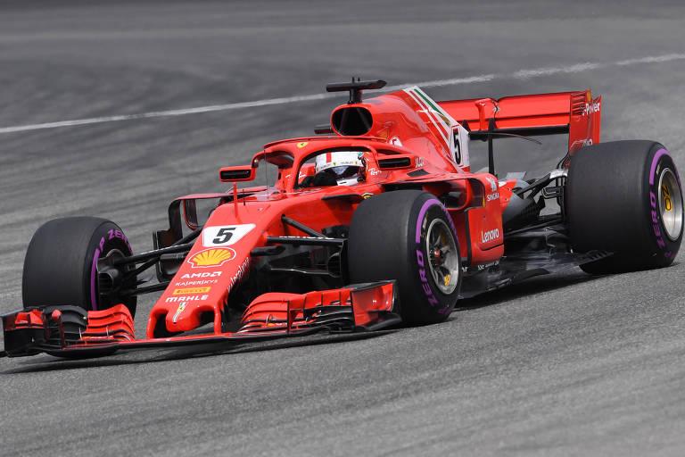 Carro vermelho de fórmula 1