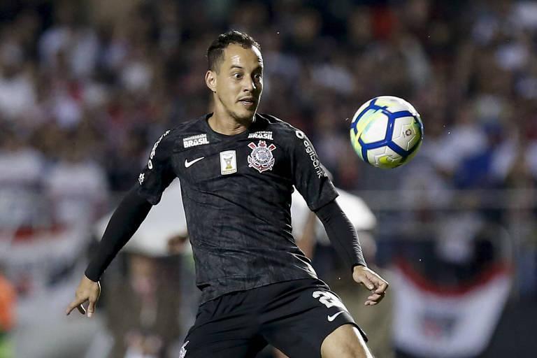 Rodriguinho fez seu último jogo pelo Corinthians na derrota para o São Paulo, no Morumbi