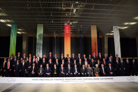 Finance ministers and Central Bank presidents pose for the official photo at the G20 Meeting of Finance Ministers in Buenos Aires, Argentina, July 21, 2018. REUTERS/Marcos Brindicci ORG XMIT: BAS22
