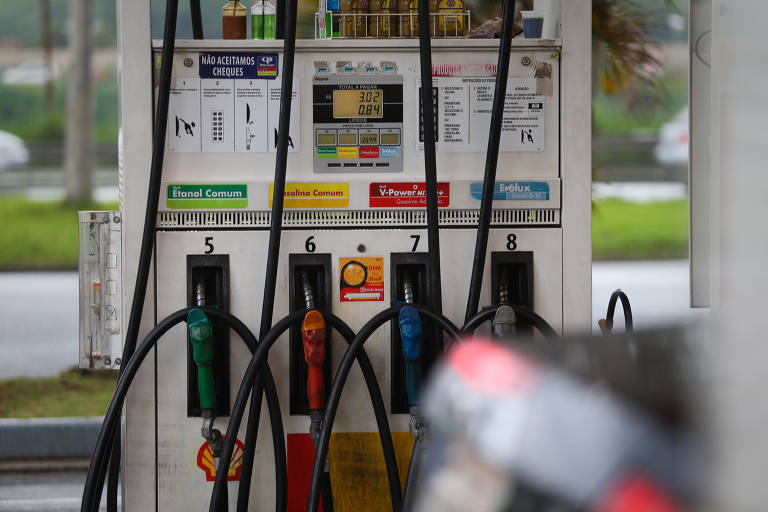 Petrobras sobe preço do diesel em 2,5%
