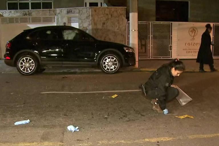 Carro de suspeito de envolvimento com o PCC foi atingido por 70 tiros