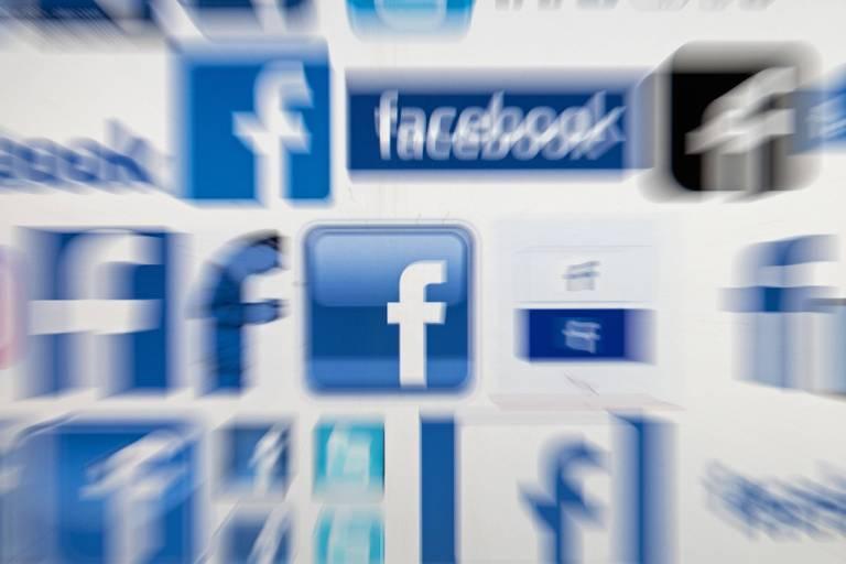 Logo do Facebook; Alemanha está na linha de frente de um movimento global crítico ao Facebook