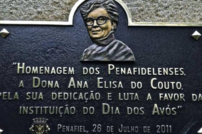 placa comemorativa