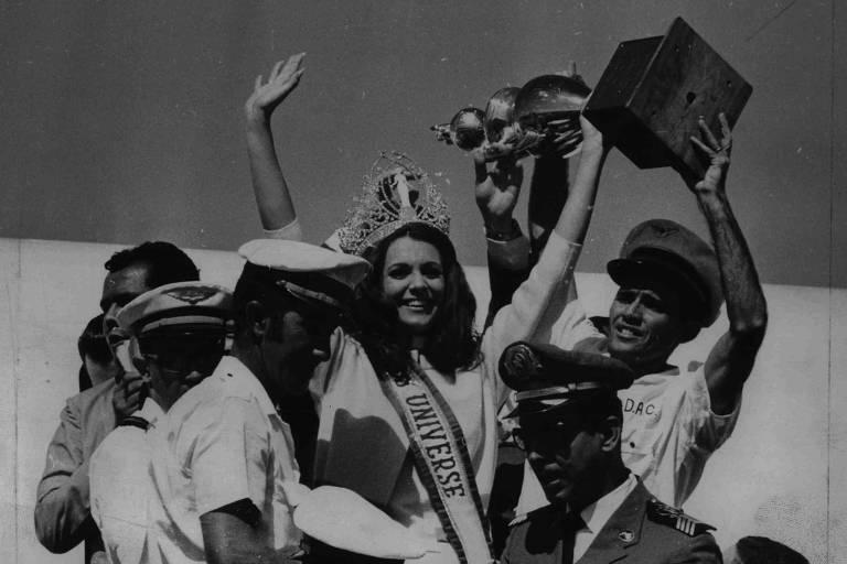 1968: Miss Universo Martha Vasconcelos é recebida com festa em Salvador
