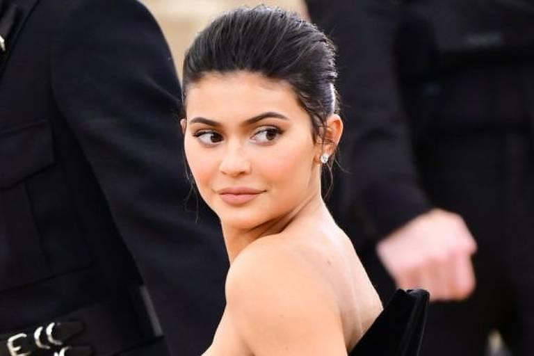 Aos 20 anos, Kylie Jenner tem uma fortuna de quase US$ 900 milhões, segundo a revista 'Forbes'