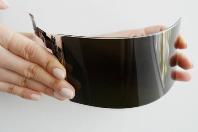 Tela flexível e 'inquebrável' da Samsung está mais perto de virar realidade