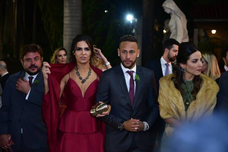 Neymar é padrinho de casamento de Samara Costa e Márcio Spinelli em São Paulo