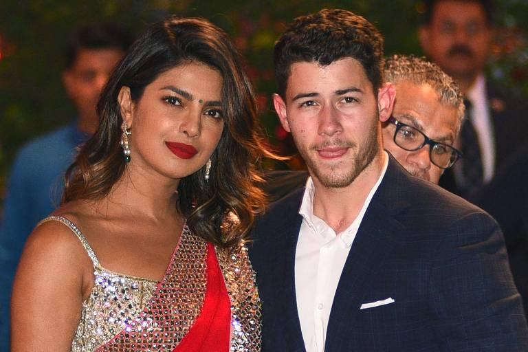A atriz indiana Priyanka Chopra e o cantor Nick Jonas se conheceram há três meses