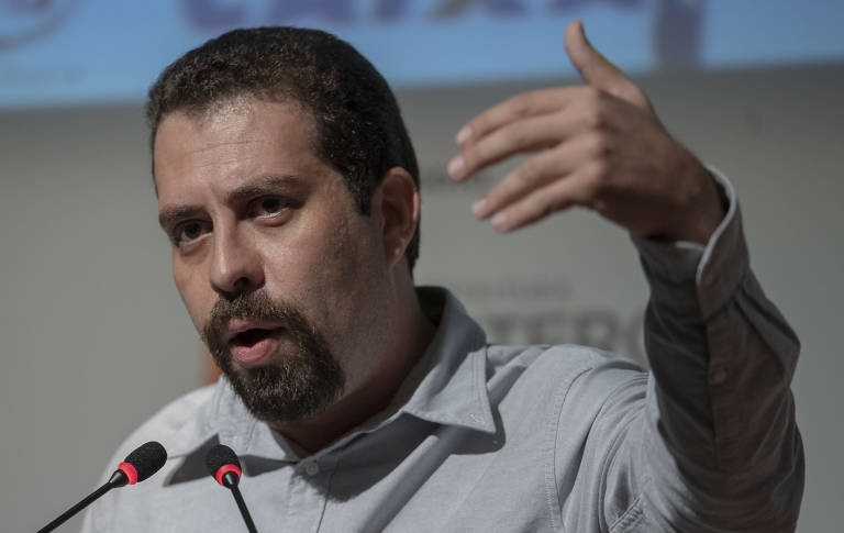 Este é Guilherme Boulos (PSOL)