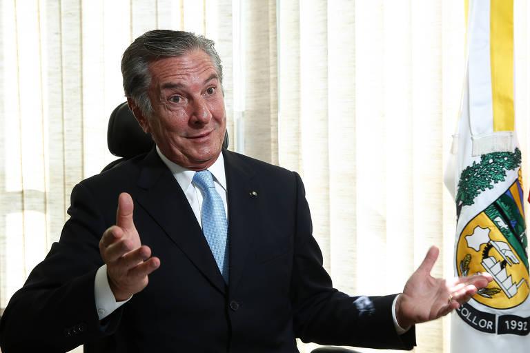 O ex-presidente da República Fernando Collor de Mello (PTC) desistiu de concorrer ao governo de Alagoas