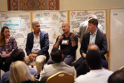 O empreendedor social brasileiro Claudio Sassaki em reunião do Unicef