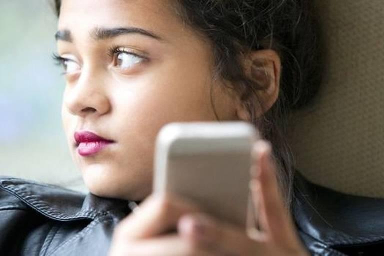 Redes sociais são locais onde pode acontecer a microtraição